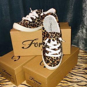 🐆 Leopard Print Velvet Tennies LAST TWO PAIR 🐆